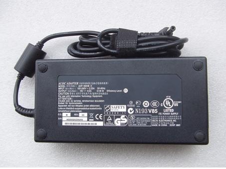 Chargeur ordinateur portable FA180PM111
