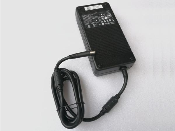 Chargeur ordinateur portable M18x